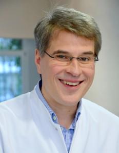 Dr. med. Lukas-Immanuel Axt
